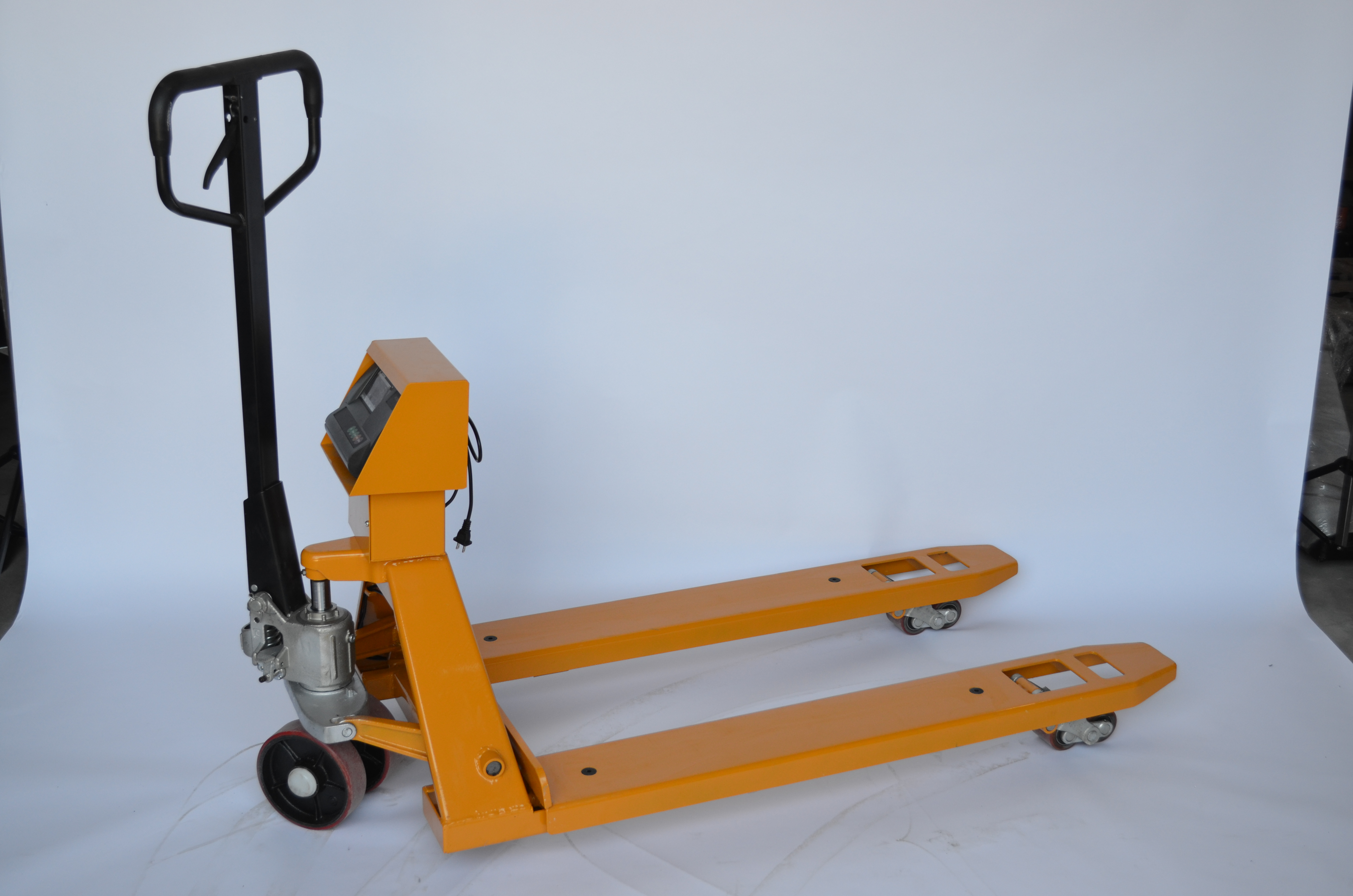 Scale Pallet Truck - 5,500 lbs. Capacity